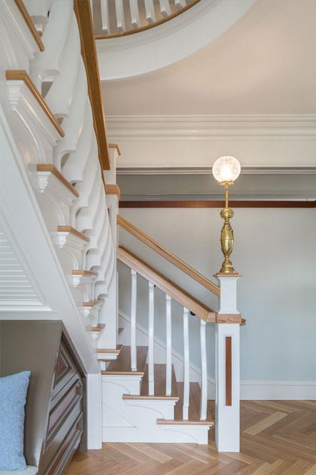 vt interior design staircase scaled